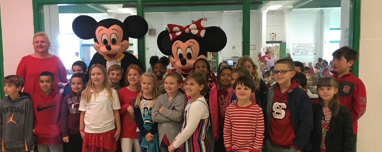 Mickey and Minnie visit Grantham Elementary